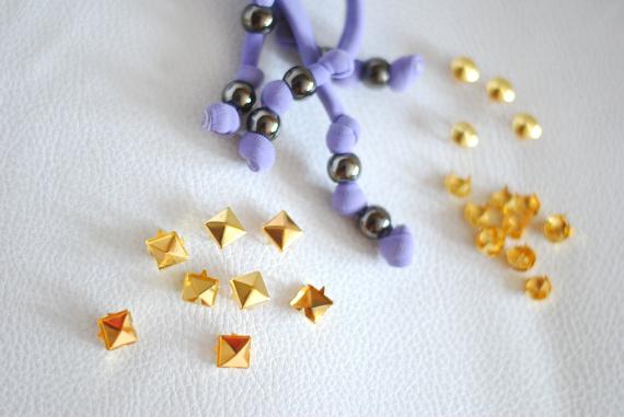 Clous et perles