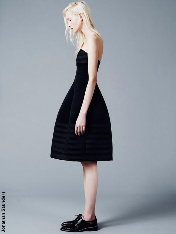 comment s 39 habiller pour les ftes de fin d 39 anne tendances de mode. Black Bedroom Furniture Sets. Home Design Ideas