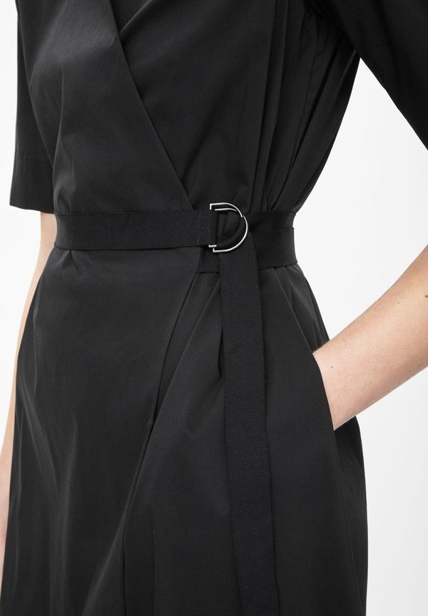 Robe portefeuille noire COS
