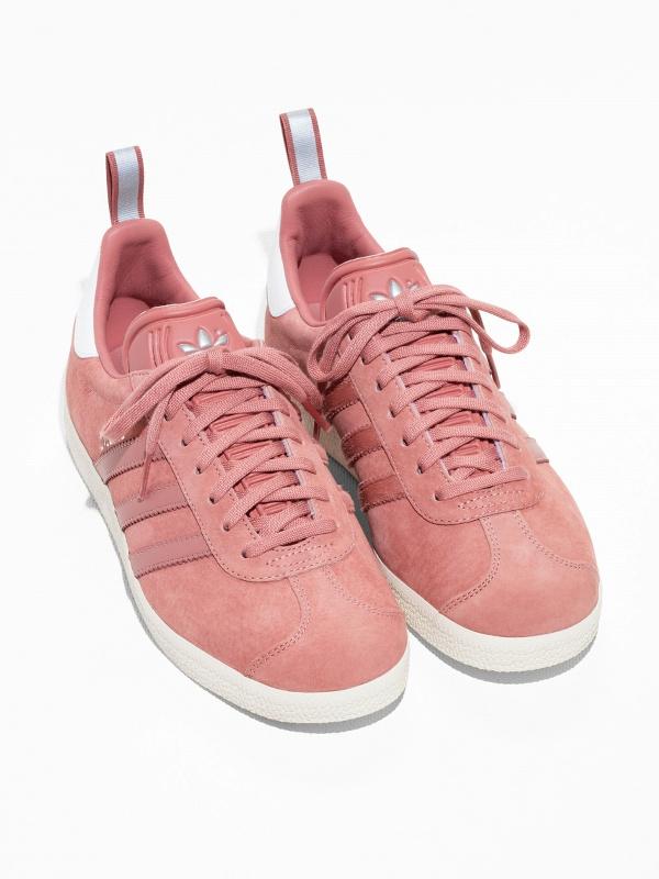 Baskets roses Adidas Gazelle ...