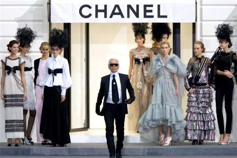 Karl Lagerfeld - Défilé Chanel