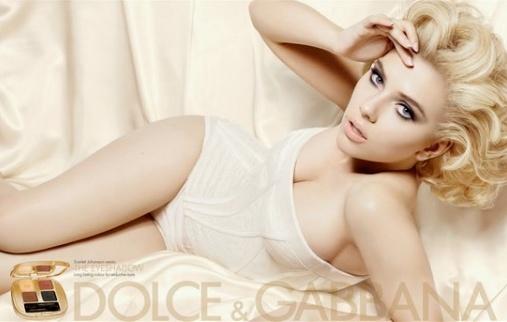 Scarlett Johansson pour Dolce & Gabbana
