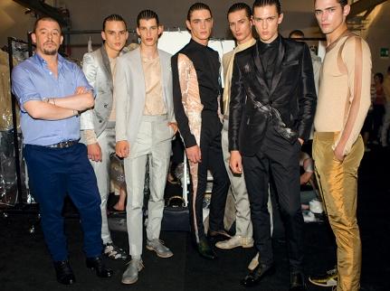 83de37f5728 Alexander McQueen (Créateur de mode) - Tendances de Mode