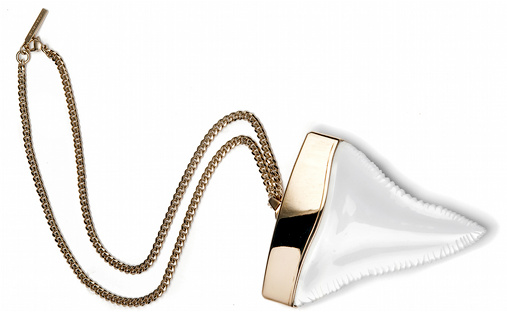 Collier dent de requin Givenchy
