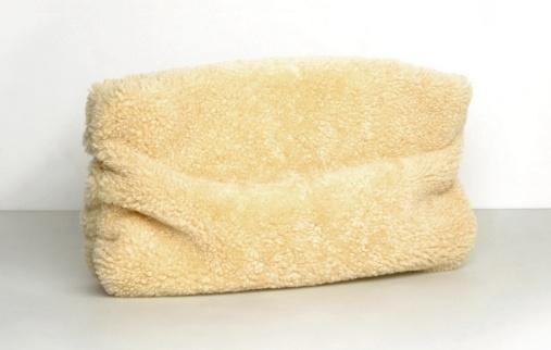 Pochette en peau lainée Martin Margiela