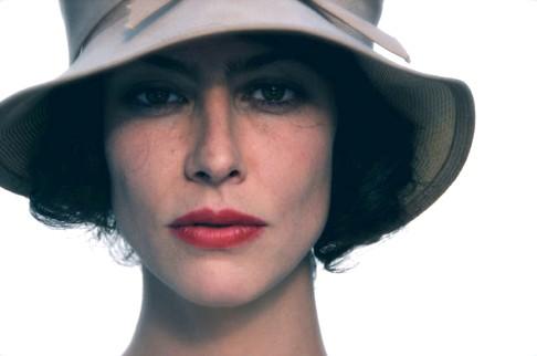 Anna Mouglalis en Coco Chanel