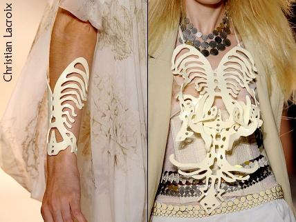 Les bijoux squelette de Christian Lacroix