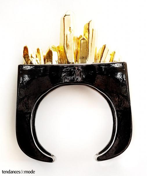 Bracelet noir verni - éclats dorés