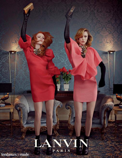 Raquel Zimmerman, Karen Elson en robes Lanvin et colliers Lanvin