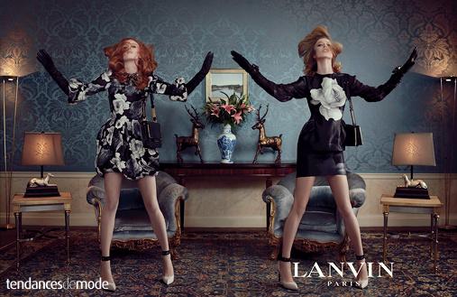 Robe Lanvin à larges fleurs grises, robe Lanvin ultra moulante à imprimé placé