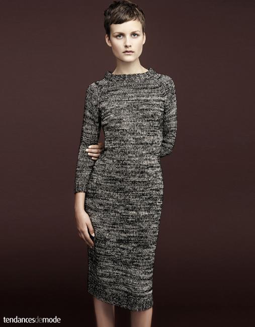 Robe pull grise chinée, moulante et longueur genoux