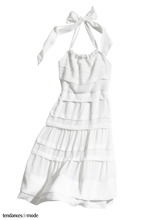 Robe blanche fifties dos nu