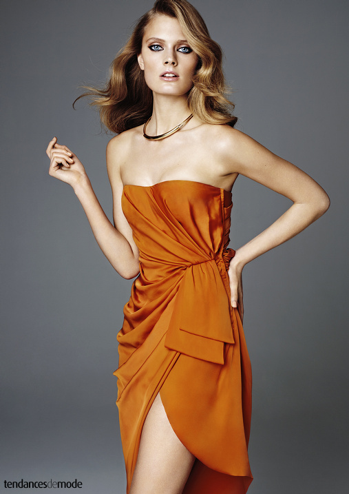Robe bustier drapée orange