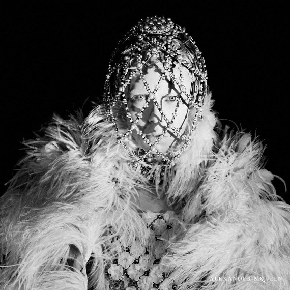 Campagne Alexander McQueen - Automne/hiver 2013-2014 - Photo 1