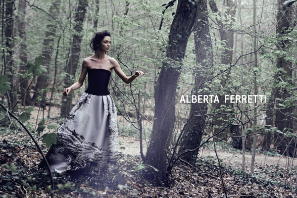 Campagne Alberta Ferretti - Automne/hiver 2014-2015 - Photo 3