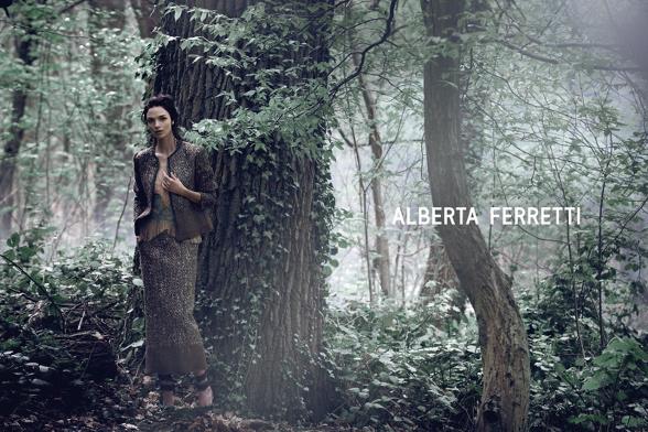 Campagne Alberta Ferretti - Automne/hiver 2014-2015 - Photo 4