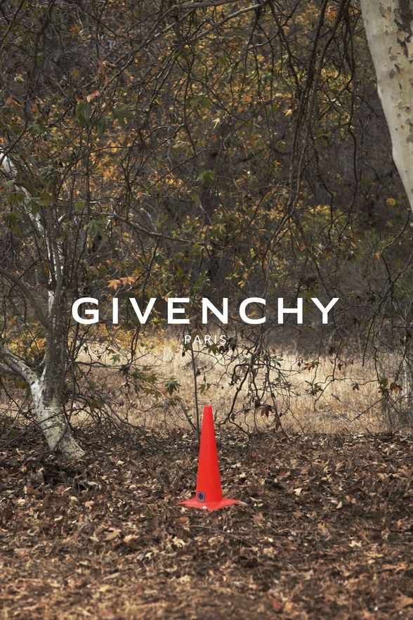 Campagne Givenchy - Printemps/�t� 2015 - Photo 6
