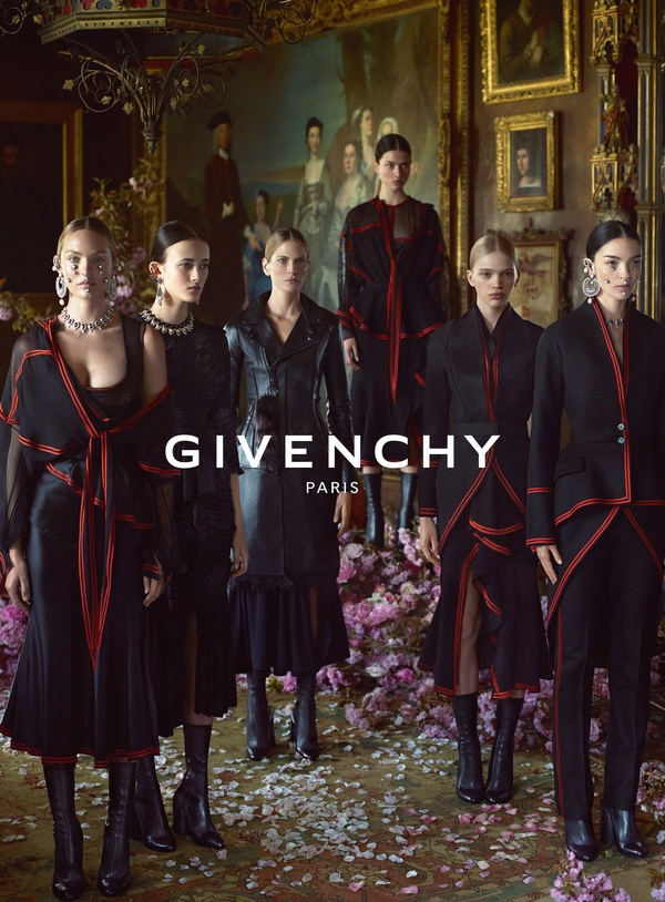 Campagne Givenchy - Automne/hiver 2015-2016 - Photo 1
