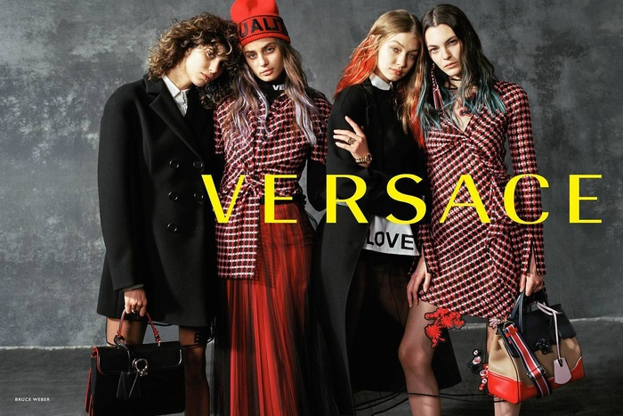 Campagne Versace - Automne/hiver 2017-2018 - Photo 4