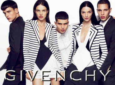 Givenchy - Campagne printemps/�t� 2010