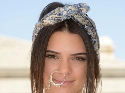 � Coachella, Kendall Jenner ose le look