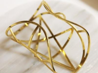 Les bracelets manchettes de Pamela Love, toujours aussi d�sirables...