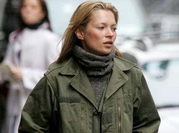 On piquerait bien � Kate Moss sa veste militaire !