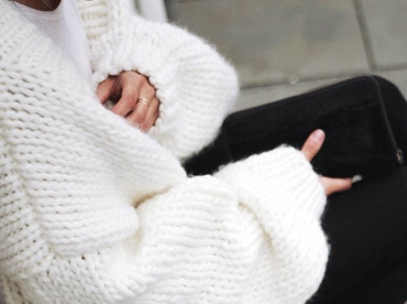 Wanted : un maxi cardigan tricot� � la main