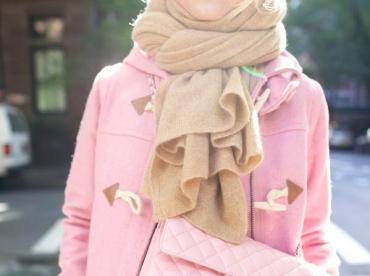 D�clin� en rose, le duffle coat se fait plus coquet que casual
