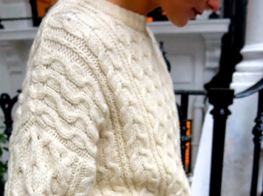 Sac Chanel + pull �cru oversize = le bon mix