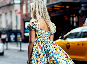 Les imprim�s P/E 2016 des petites robes Dolce&Gabbana convoquent soleil et bonne humeur !