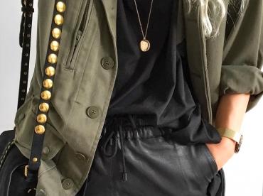 Noir + kaki + touche dor�e = le bon mix