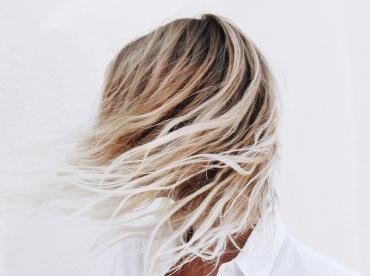 Voil� le genre de coiffure qui pourrait transformer n'importe quelle Parisienne en Californienne !
