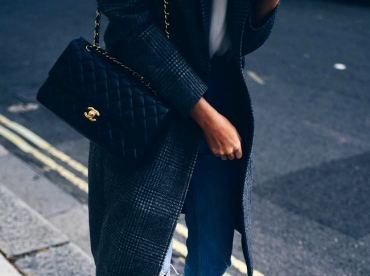 Les boots dor�es si�ent bien au look casual/classique