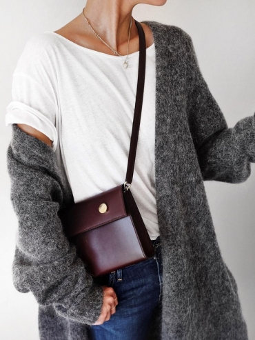 Wanted : un petit sac bordeaux