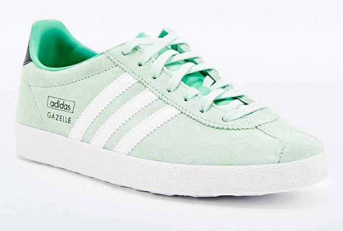 Je me suis achetée cette paire de Adidas Gazelle vertes.