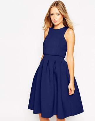 robe bleue ides de looks chics pour un mariage