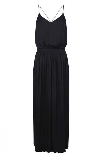 Comment Porter La Robe Longue Noire Tendances De Mode