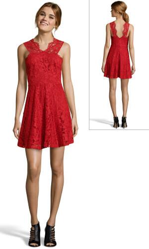 robe rouge en dentelle avec quoi la porter pour un mariage tendances de mode. Black Bedroom Furniture Sets. Home Design Ideas