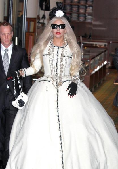 """La robe """"Chanel"""" de Lady Gaga"""