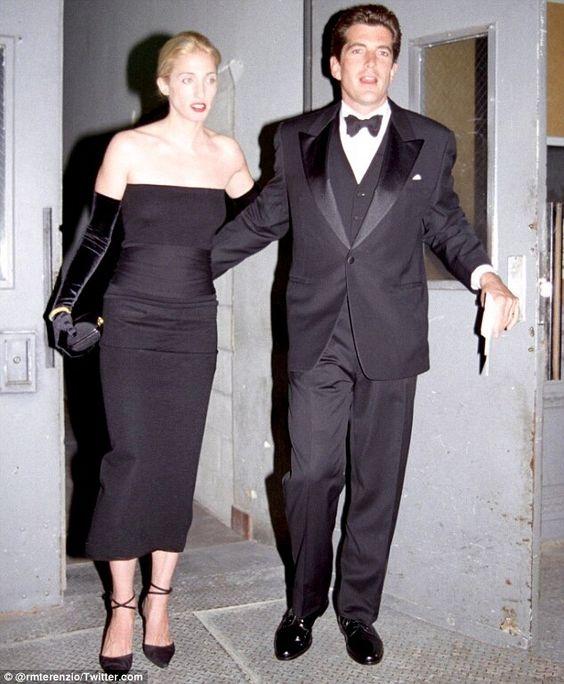 Caroline Kennedy Wedding Gown: Carolyn Bessette-Kennedy, Le Bon Style
