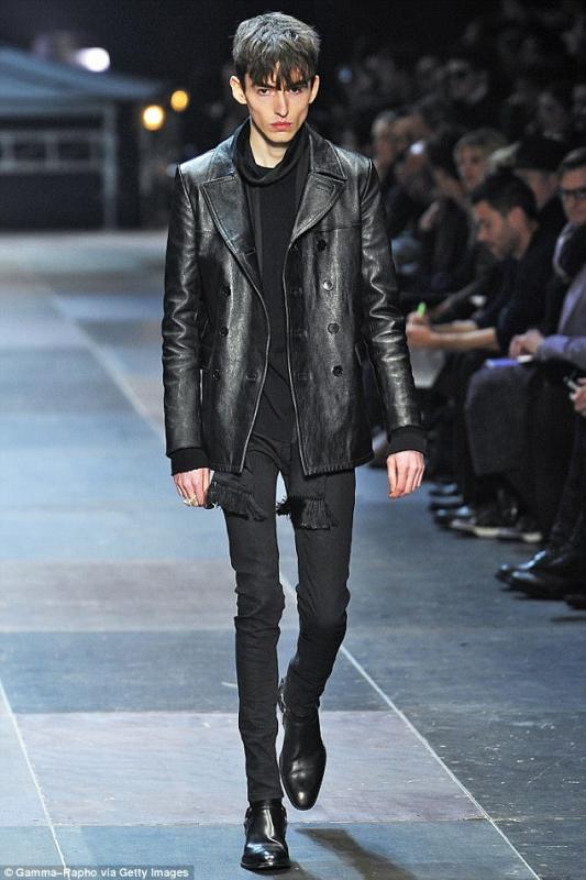 Hedi Slimane rejoint Céline | Mode in Textile