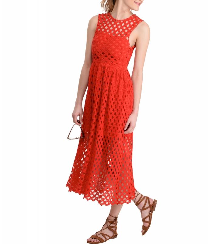 comment accessoiriser une robe rouge pour un mariage tendances de mode. Black Bedroom Furniture Sets. Home Design Ideas