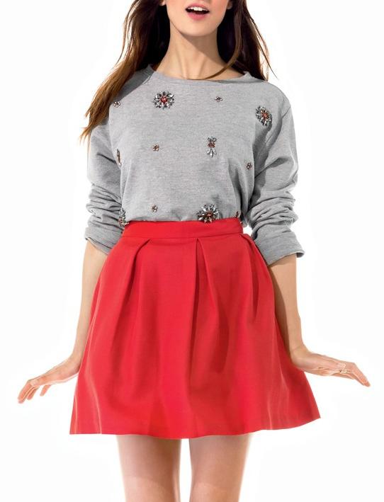 jupe patineuse rouge avec quoi la porter tendances de mode. Black Bedroom Furniture Sets. Home Design Ideas