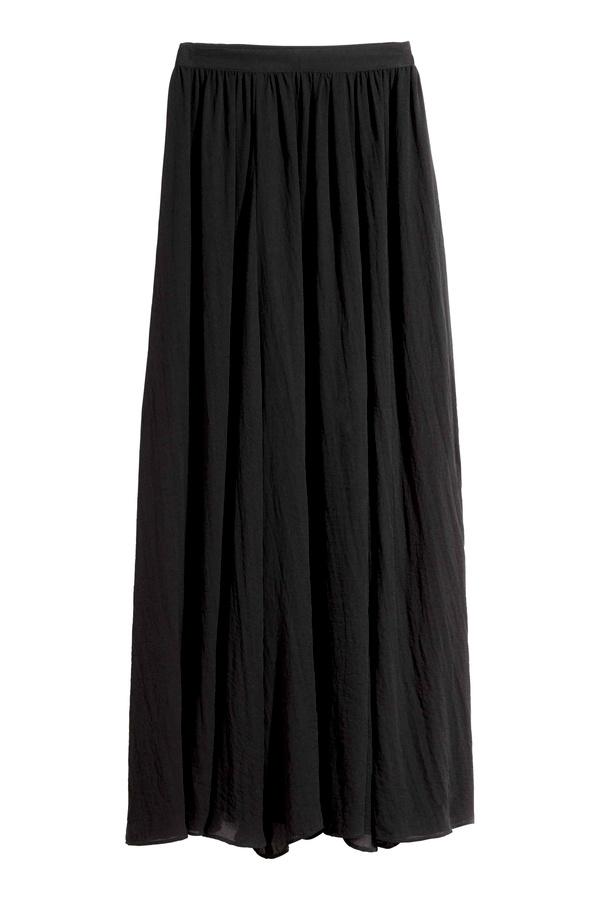 Jupe longue noire comment la porter tendances de mode - Quel haut porter avec une jupe longue ...