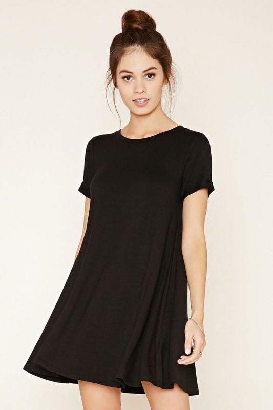 8e7c315b3ec Robe Tee-shirt Noire   Comment la Porter   - Tendances de Mode