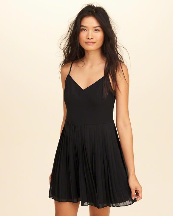 quelles chaussures porter avec une robe patineuse tendances de mode. Black Bedroom Furniture Sets. Home Design Ideas