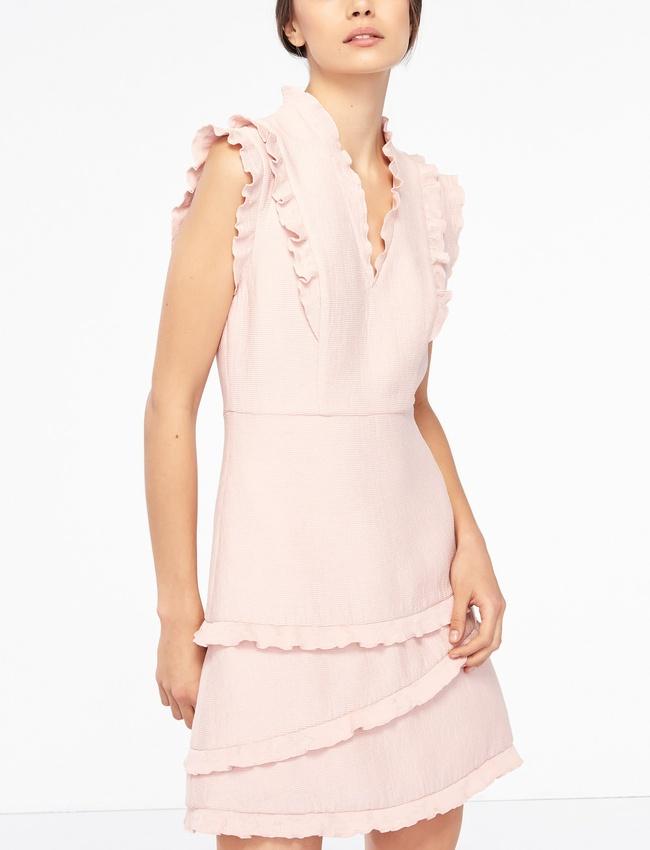 quelle pochette porter avec une robe rose p le tendances de mode. Black Bedroom Furniture Sets. Home Design Ideas