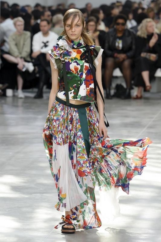 cc03735caea Fashion week de Paris - Printemps été 2019 (2e partie) - Tendances ...